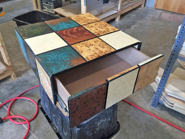 Rubick's Cube Cat Bed Table - Spinning Rubik's Cube Drawer Table