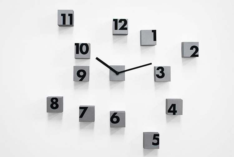 RND_TIME - Scattered Numbers Wall Clock
