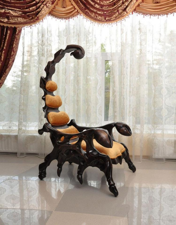 Scorpion Chair - Giant evil villain chairScorpion Chair - Giant evil villain chair