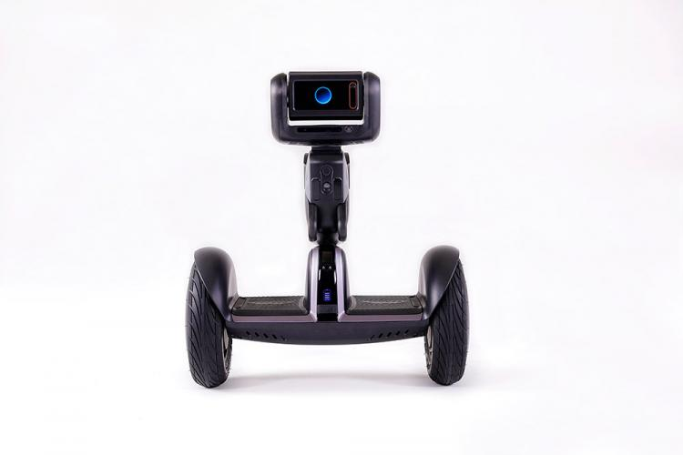Segway Loomo Personal Robot That You Can Ride Like a Hoverboard