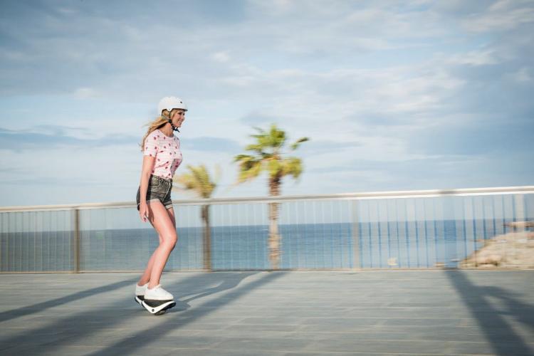 Segway Drift W1 E-Skates - Self-Balancing Skates - Hoverboard skates