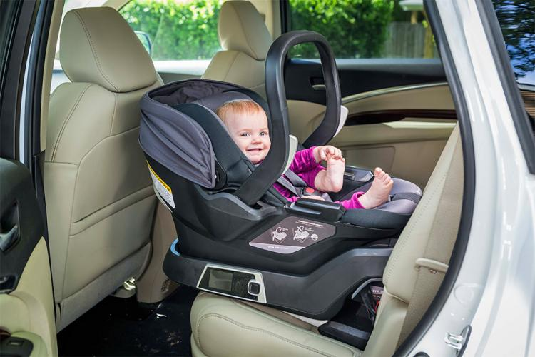 Self-Installing Smart Baby Car Seat That Connects To Smart Phone To ...