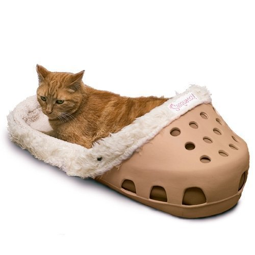 Shoe Shaped Dog Bed - Croc shaped dog/cat bed - Sasquatch Pet Beds