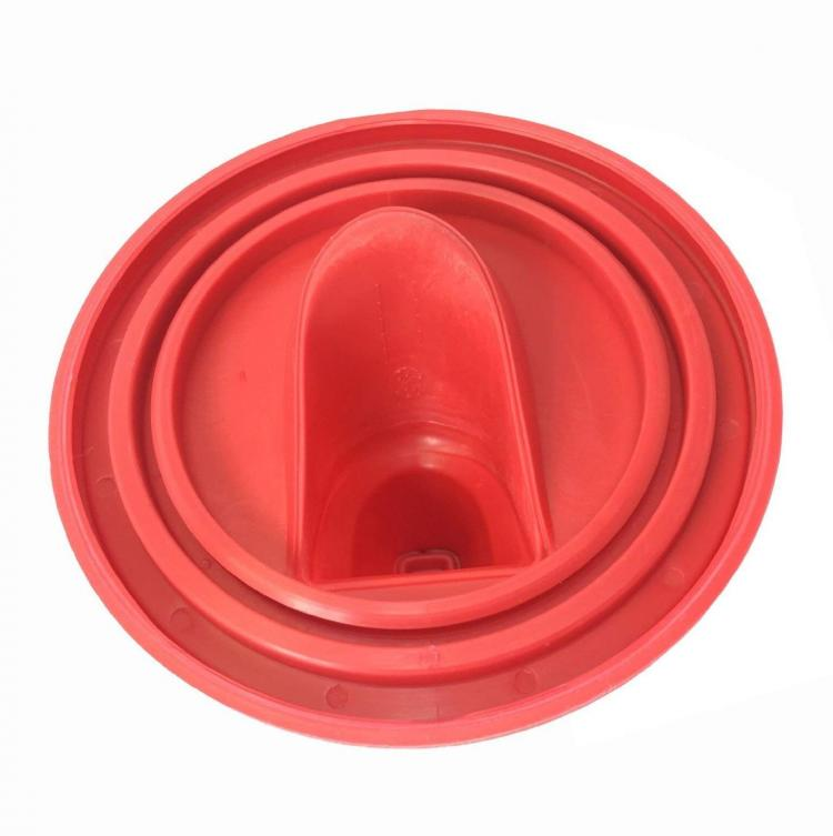 Shur-Line Easy-Pour Paint Can Lid - Silicone paint can lid prevents messes while pouring