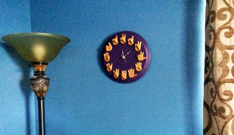 SIgn Language ASL Wall Clock