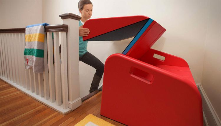 Sliderider turns your stairs into a slide for Manege interieur