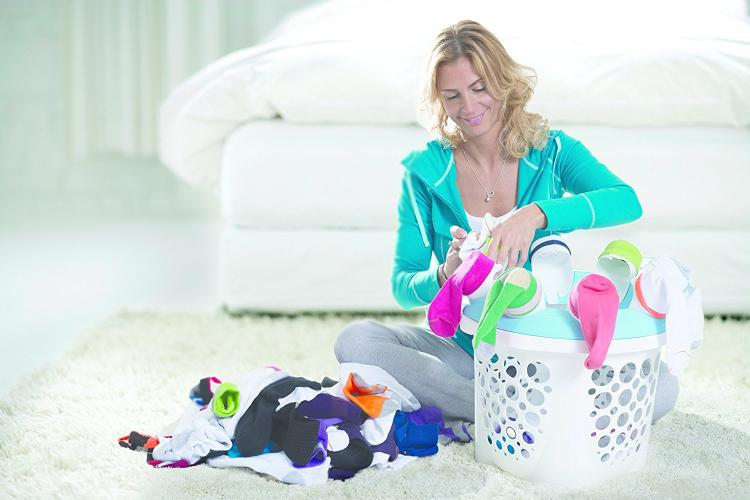 SockSync spinning laundry basket attachment - Sock sorter and folder