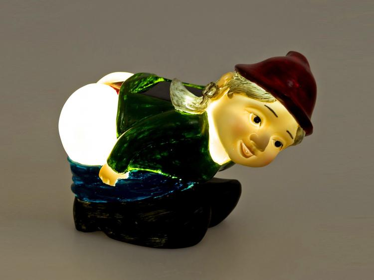 Solar Powered Light-up Mooning Gnome - Solar Mooning Gnome