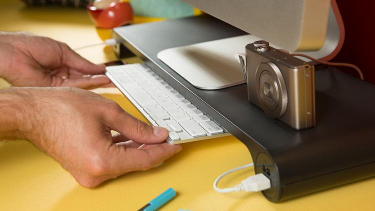 Space Bar Monitor Stand USB Hub