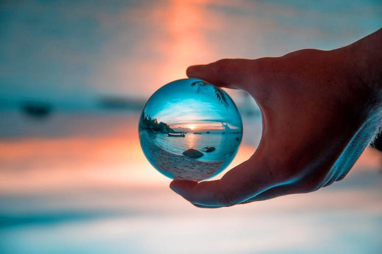 Spherical Crystal Ball Lens - Best photography accessory - Lensball