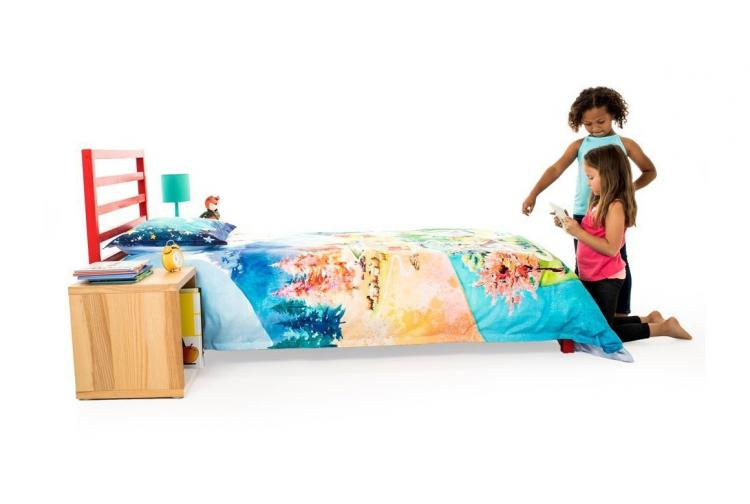 SpinTales Enchanted Duvet: An Interactive Blanket That Works With an iPad