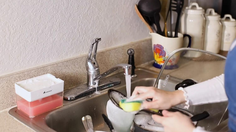 Sponge Soap Dispenser - Instantly Pump Dish Soap Into Your Sponge