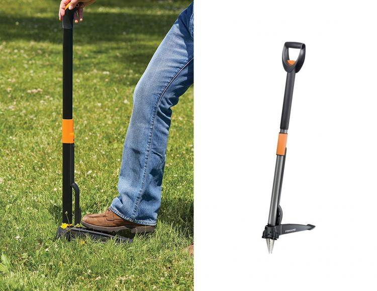 Stand-Up Weed Puller Removes Weeds Instantly From The Roots - Fiskars standing weed remover