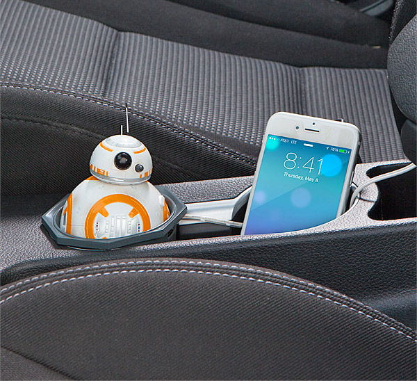 Star Wars Animated BB-8 USB Car Charger - Moving and talking bb-8 droid star wars car charger
