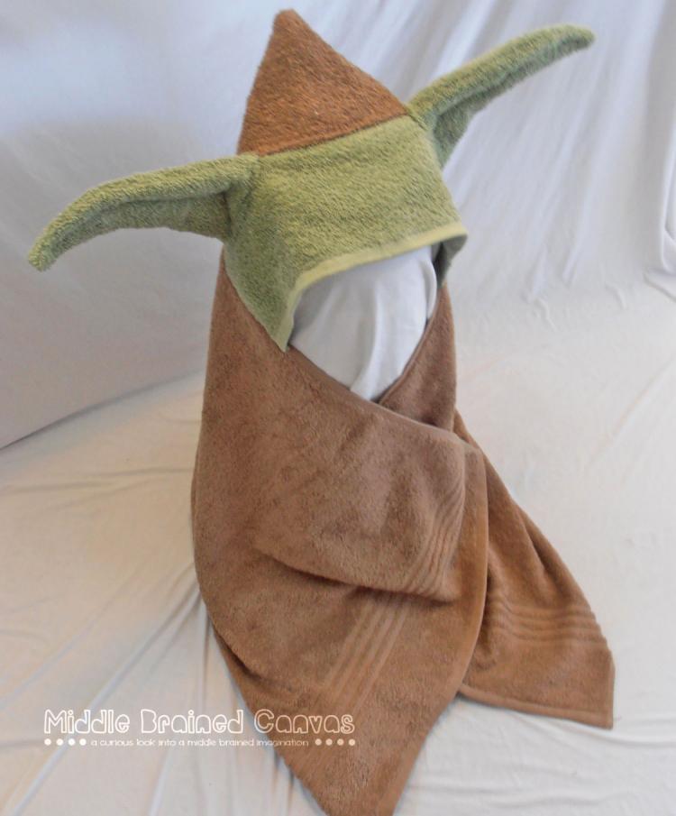 star-wars-yoda-bath-towel-hoodie-2434.jpg