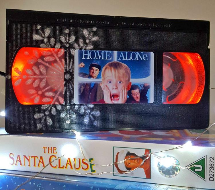 Home Alone VHS Night-Light - Retro VHS lamp