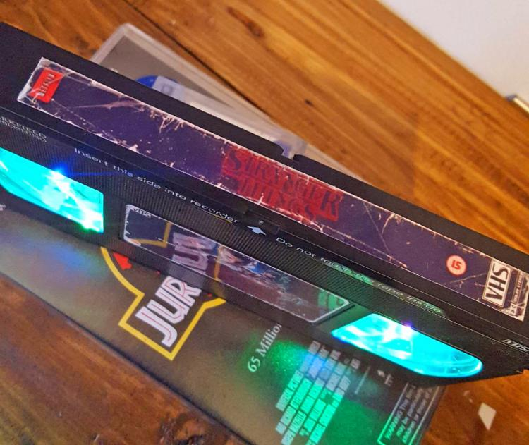 Stranger Things VHS Night-Light - Retro VHS lamp