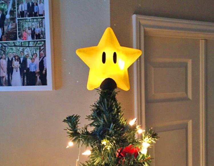 Super Mario Bros. Power Star Christmas Tree Topper - Mario Star Tree Topper