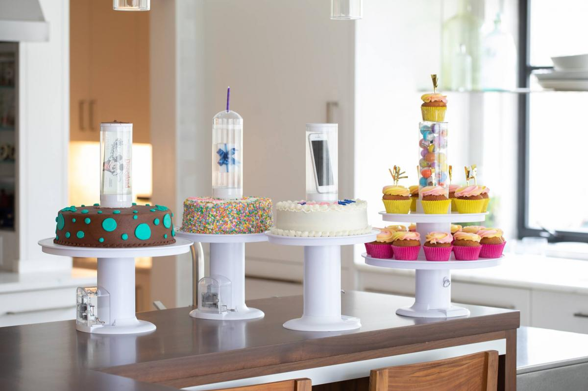 Surprise Cake Stand Pops a Secret Gift Out Of The Center Of The Cake - Prank cake stand