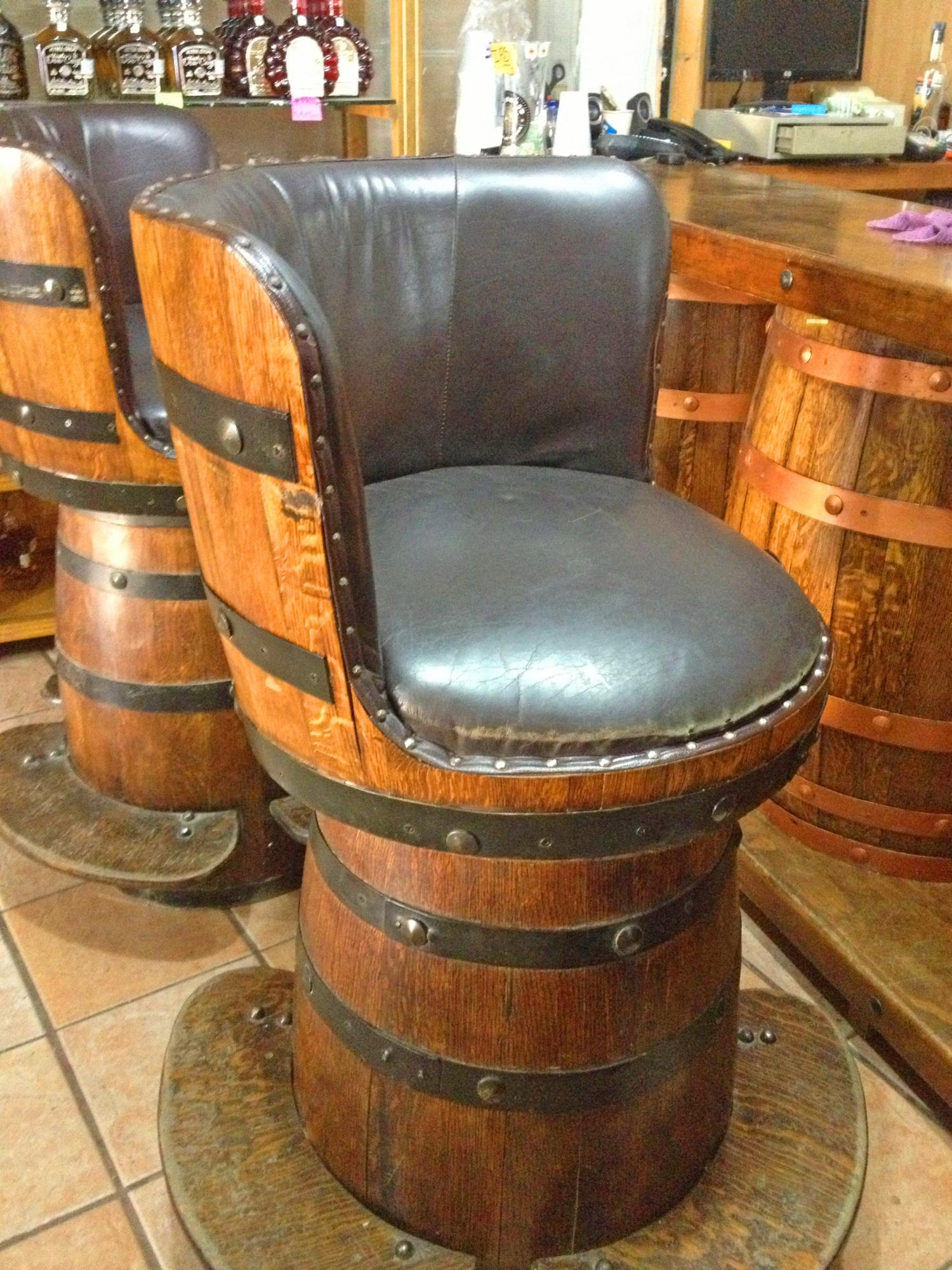 Tequila Barrel Bar Stools - Whiskey/Wine Barrel Bar Stools With Barrel seat back
