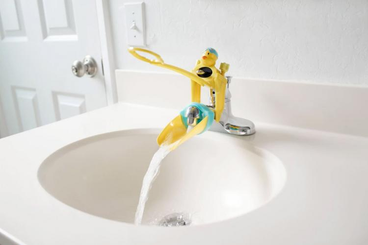 Aqueduck Faucet Handle Extender Helps Kids Reach The Faucet
