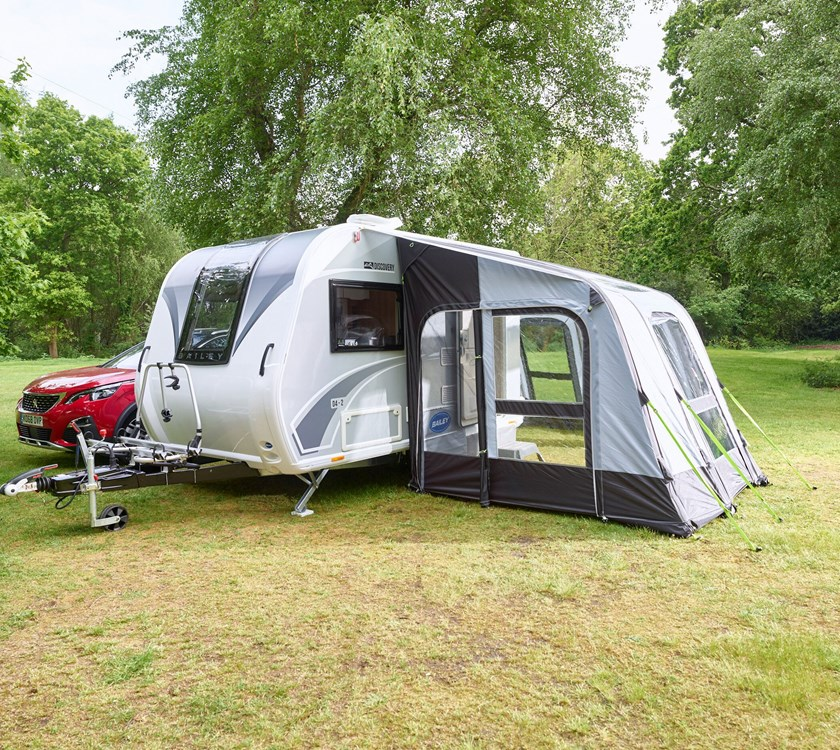 Bailey Discovery D4-2 Camper Trailer With Attached Inflatable Enclosed Awning