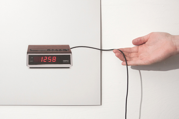 Flat Life Wall Clock - Picture of alarm clock that works