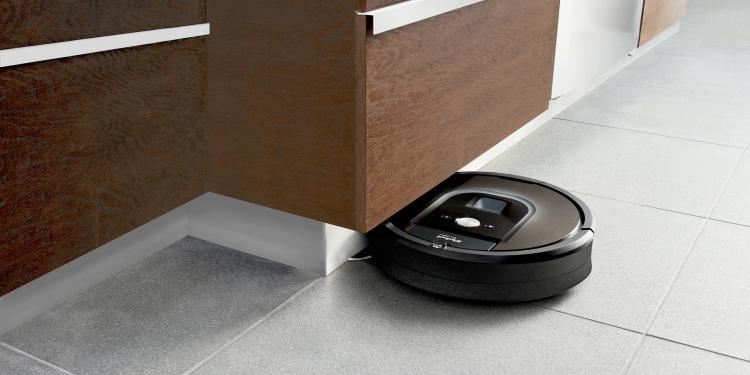 The Roomba 980 Can Now Clean An Entire Level Of Your Home