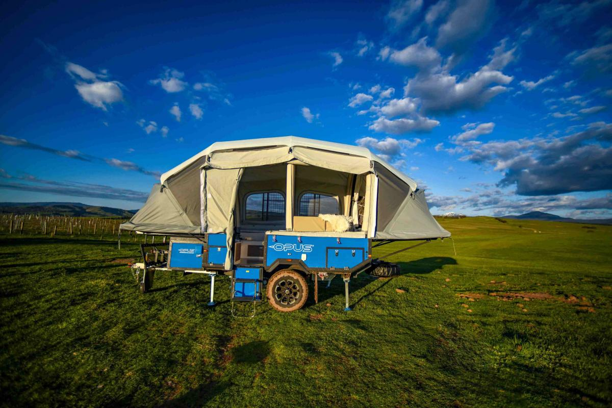 The Self-Inflating Air-Opus Trailer Auto Expands To 121