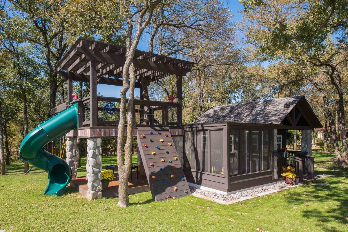 The Ultimate She Shed - Best she shed design with outdoor kids play area