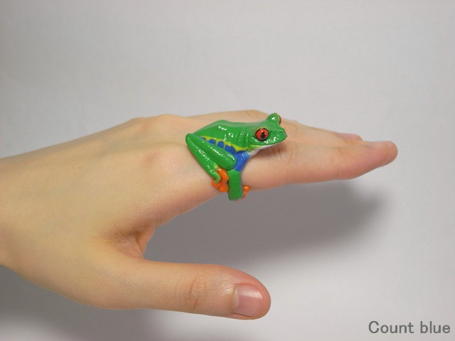 Cute Animal Rings Hug Your Fingers - Frog