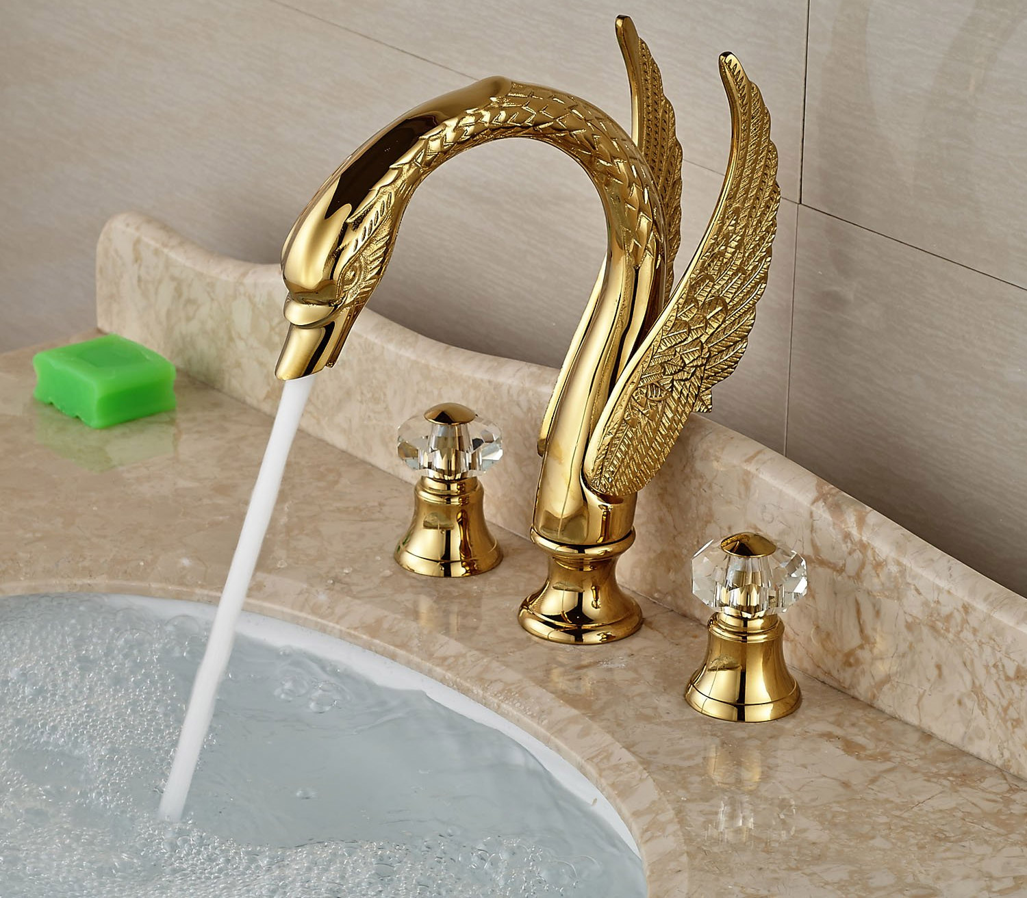 Luxurious Swan Faucet - Golden Wings bird faucet