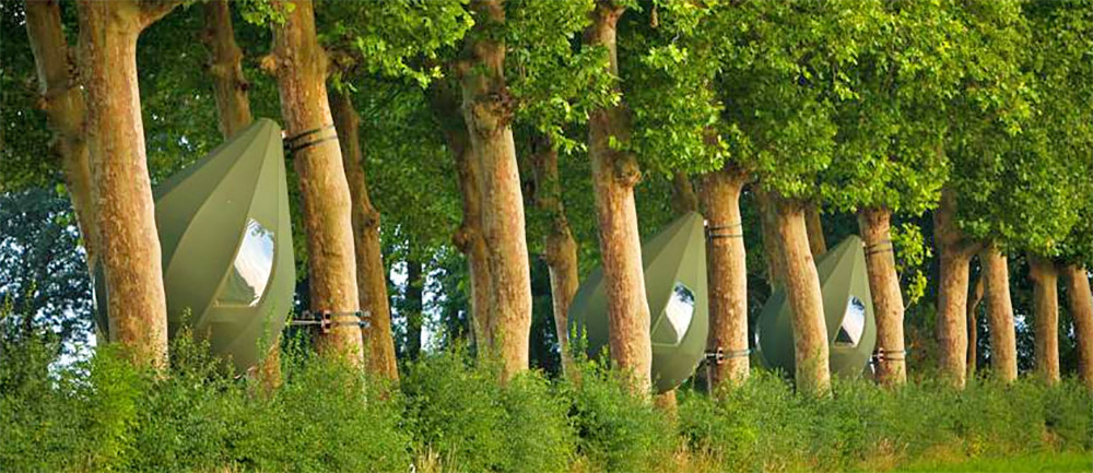 Raindrop Shaped Tree Tents Let You Sleep In The Trees - Dew Drop TreeTents by Dré Wapenaar