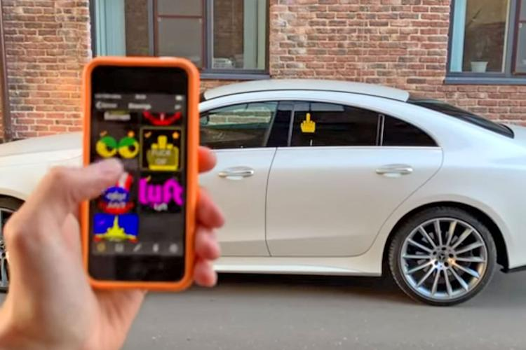 Mojipic Emoji Car Display