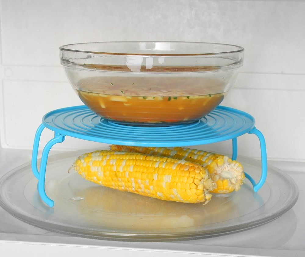 Micro Mate - Microwave tray bowl holder - Prevents burns from microwaving
