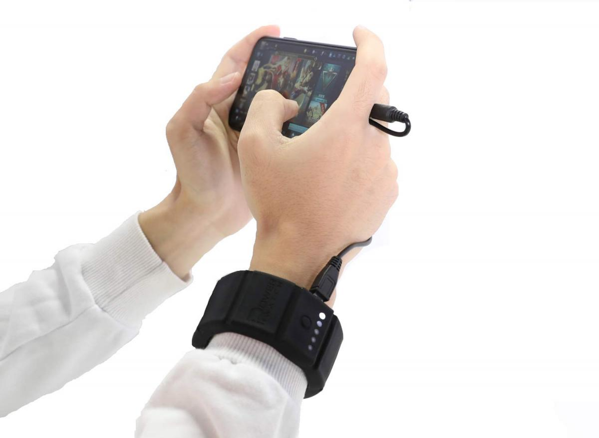 Wrist wrapped Power Bank - Travel phone charging bracelet - Charge phone while using it