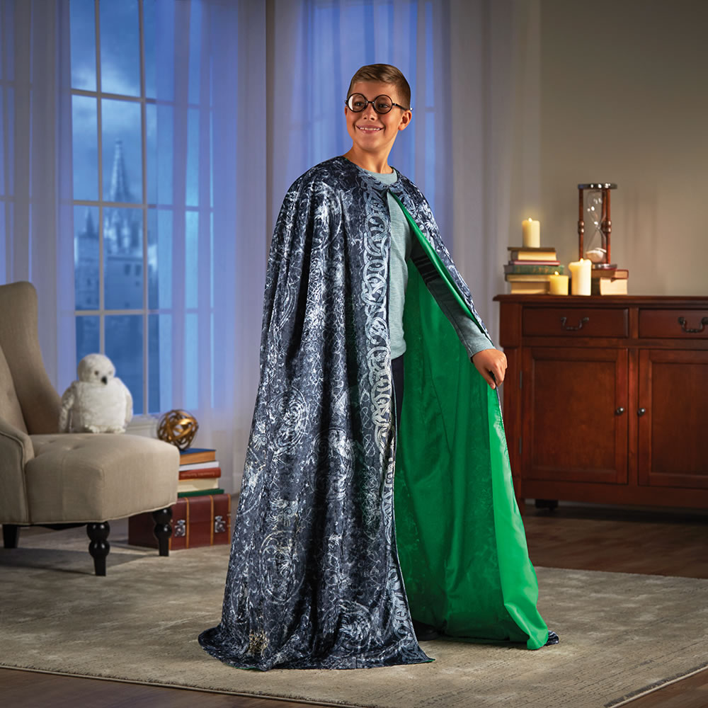 Working Harry Potter Invisibility Cloak - Smart Phone App Green Screen Invisibility Cloak