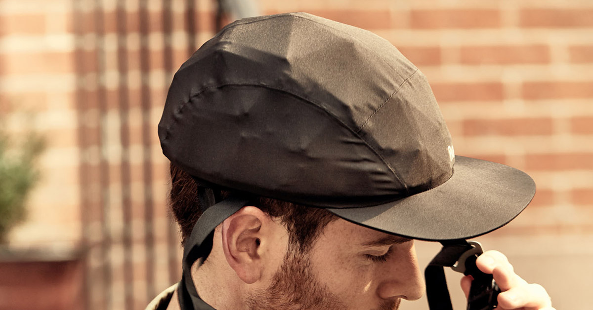 Bike Helmet Looks Like a Baseball Cap and Rolls Up For Easy Storage - Foldable bicycle helmet