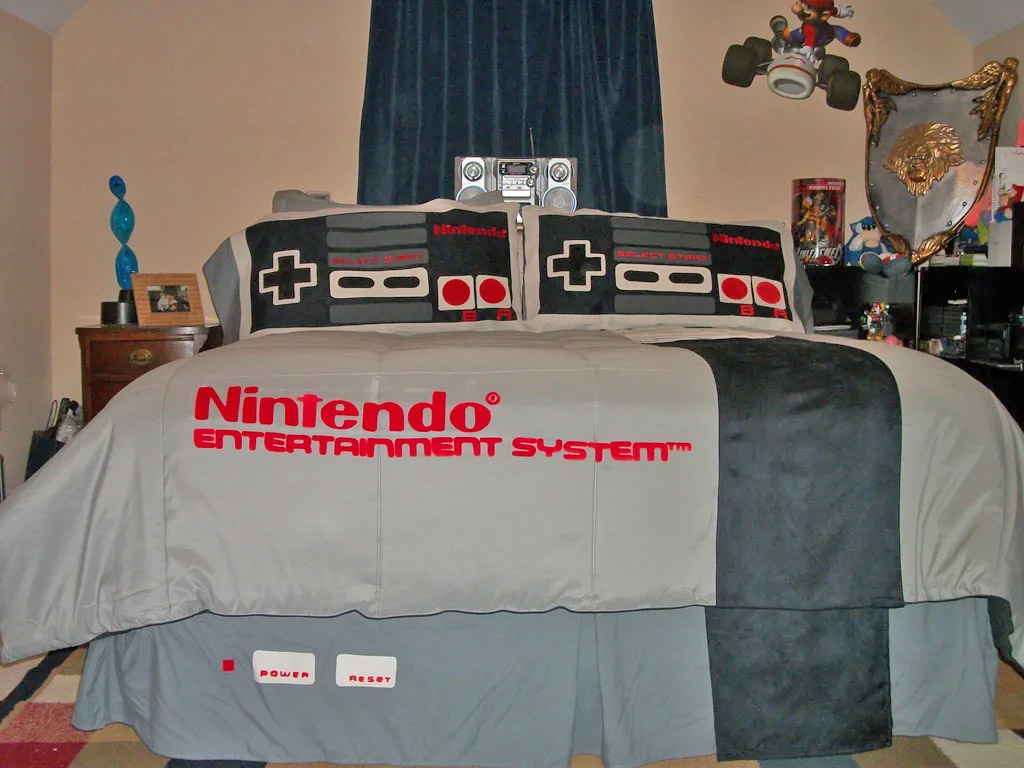 Nintendo Bedding Set - Geeky NES game console bedspread and pillowcases