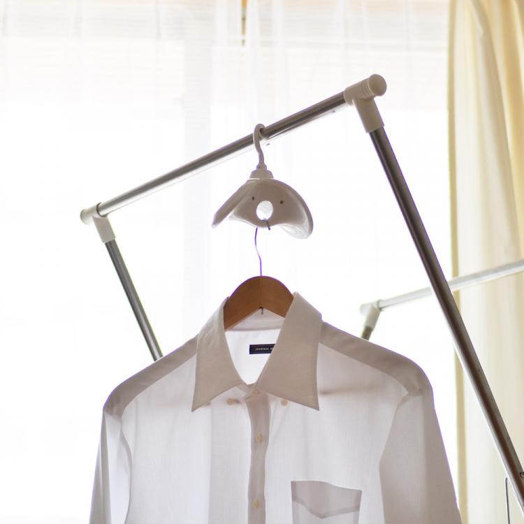 Best Japanese gadget rotating clothing hanger - travel clothes hanger rotates to air-dry clothing