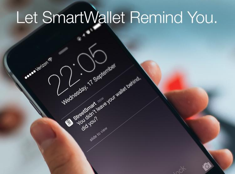 Smart Wallet Charges Phone