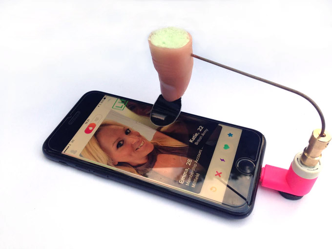 Tinda Finger: Automatic Tinder Swiping Robot - Swipes right 6000 times per hour - Tinder Finger Robot