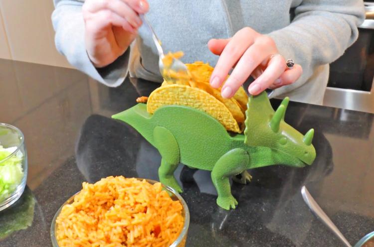Tricerataco - Triceratops taco holder - Dinosaur shaped taco holder plate & The TriceraTaco Is a Dinosaur That Holds Your Tacos