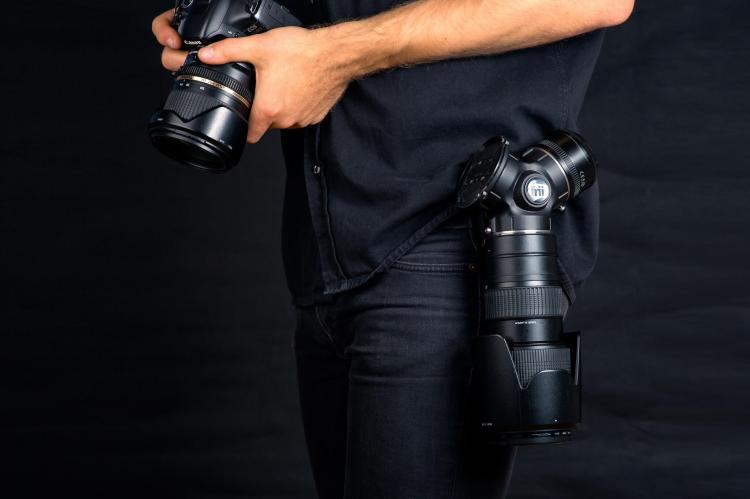 TriLens camera lens hip mount - Camera Lens holster attaches to your belt for quick and easy access to 3 camera lenses