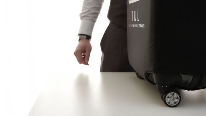 TUL Luggage With Built In Scale