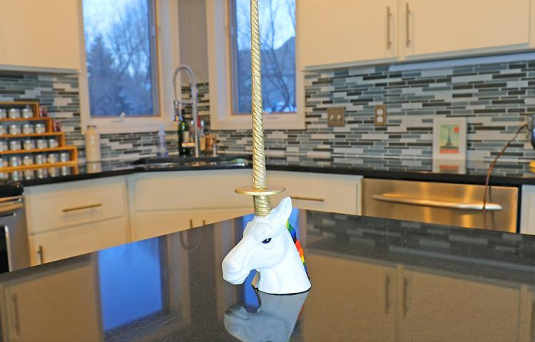 Unicorn Paper Towel Holder - Unicorn Toilet Paper Holder