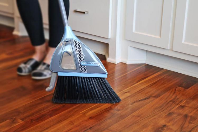 Vabroom Vacuum and Broom Combination - Smart Broom Vacuum