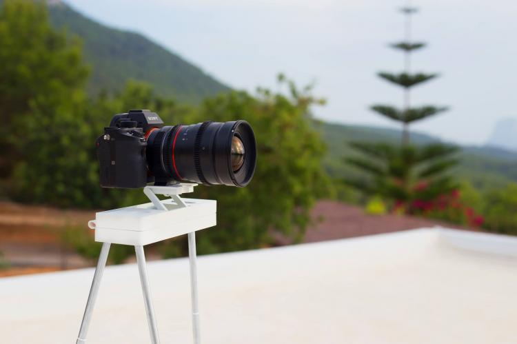 Vixari Tripod - Most portable camera tripod in the world - Tiny travel tripod