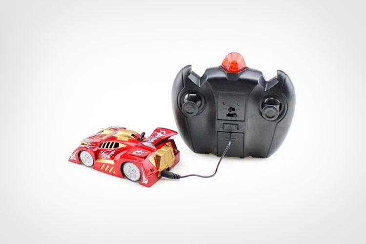 Wall Climbing Remote Controlled Car