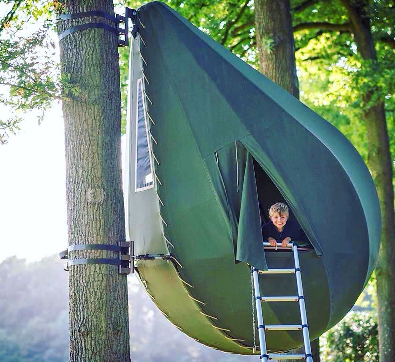 Incredible Raindrop Shaped Tree Tents Let You Sleep In The Trees